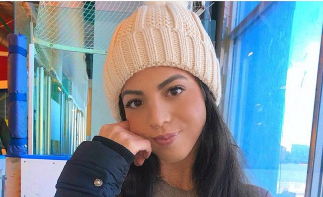 Smiley face of Danielley Ayala